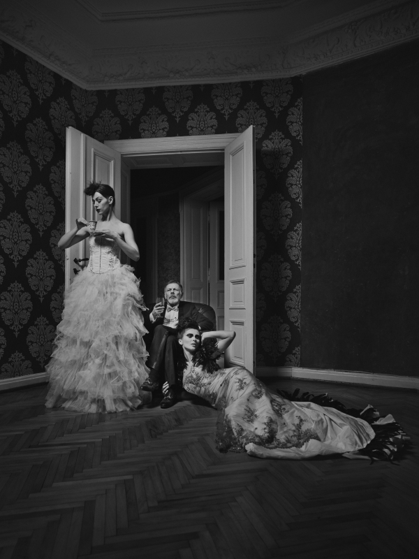 fashion wedding fine art photography by Hasselblad Master Milosz Wozaczynski